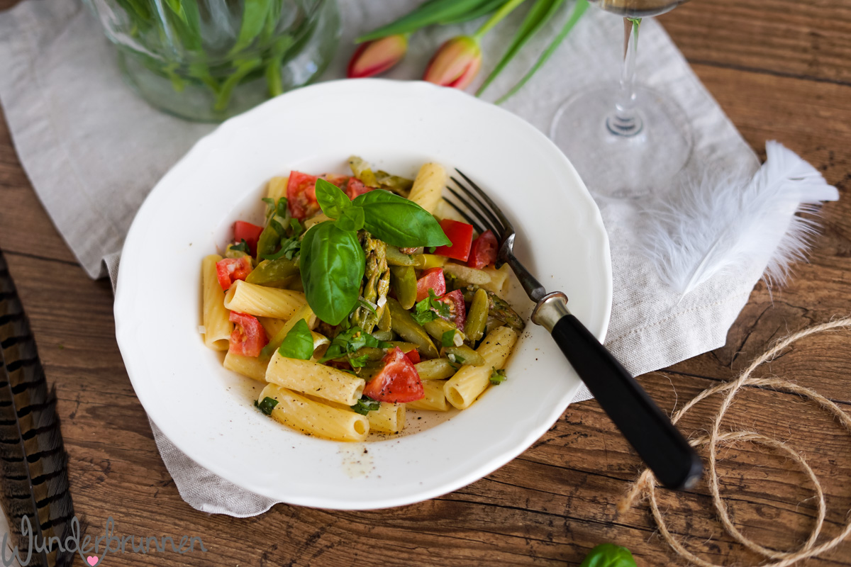 Pasta mit grünem Spargel - Wunderbrunnen - Foodblog - Fotografie