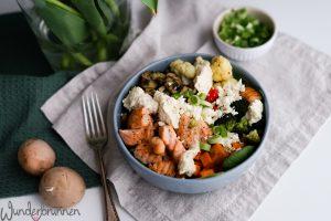 Gemüse-Bowl mit Lachs - Wunderbrunnen - Foodblog - Fotografie