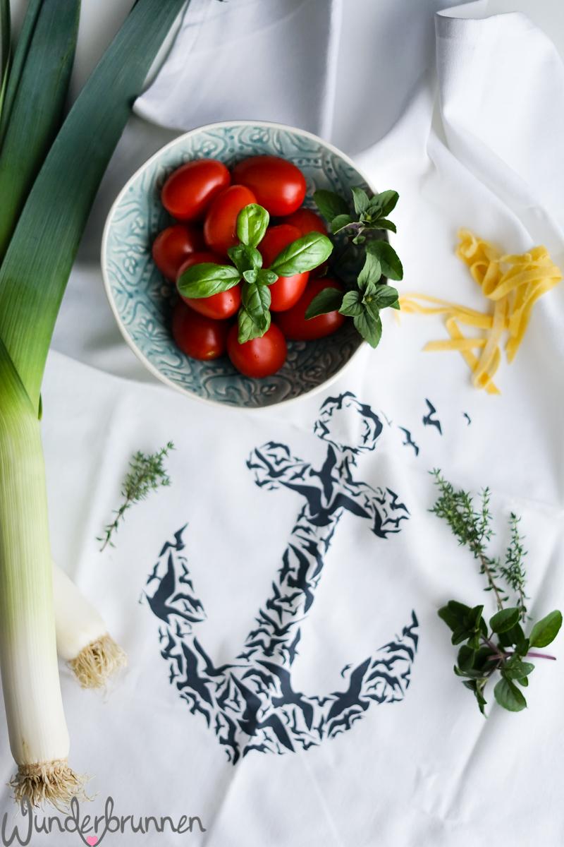Bandnudeln mit Lauch und Cherry-Tomaten - Wunderbrunnen - Foodblog - Fotografie