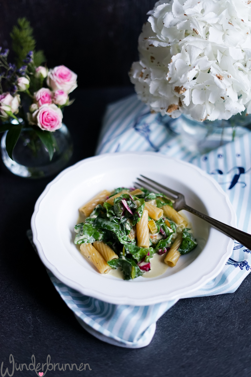 Pasta, bunter Mangold - Wunderbrunnen - Foodblog - Fotografie