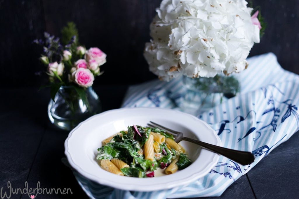 Pasta, bunter Mangold Titelbild - Wunderbrunnen - Foodblog - Fotografie