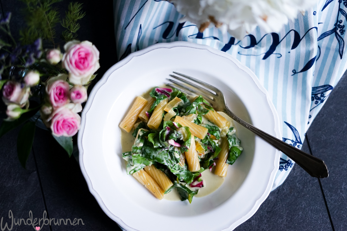 Pasta, bunter Mangold - Wunderbrunnen - Foodblog - Fotografie
